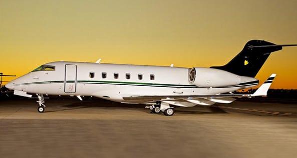 Schubach_Aviation_Challenger_300_Sunset