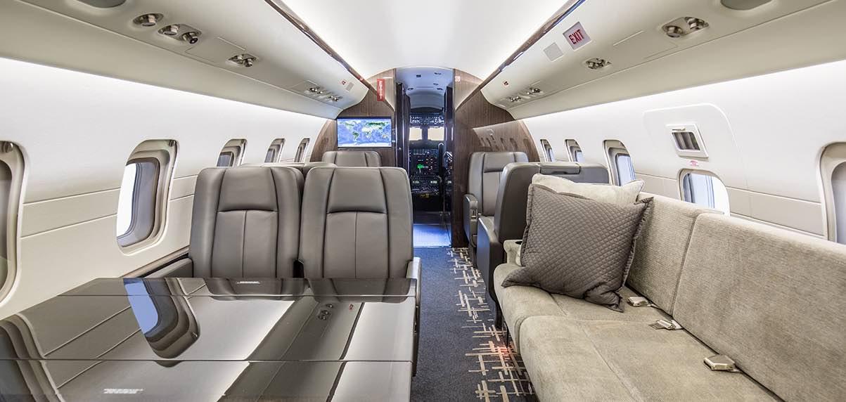 Schubach_Aviation_Challenger_601_3R