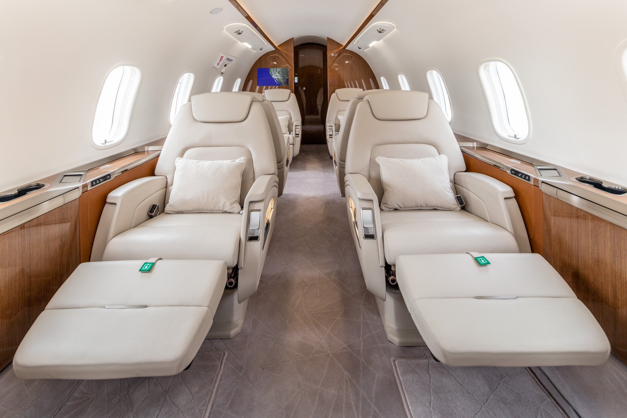 San Diego Jet Charter Retractable Seating