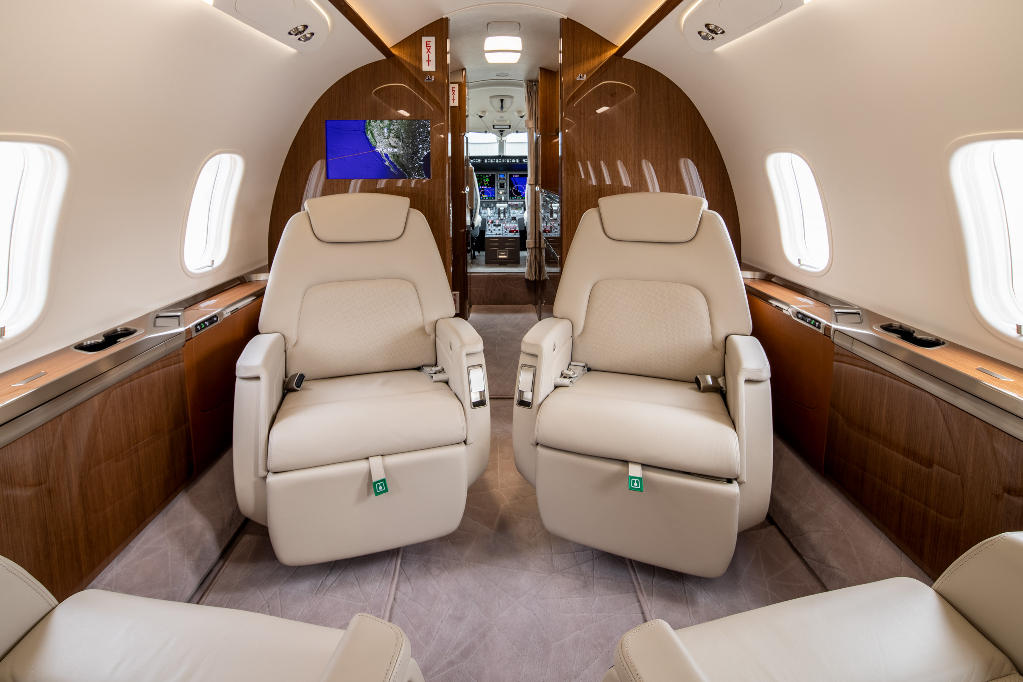 San Diego Jet Charter Challenger Seating